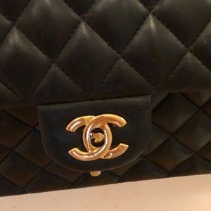 "Chanel 10"" original bag in black"